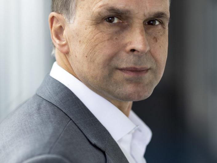 Business Portrait Prof. Dr. Anton Zensus